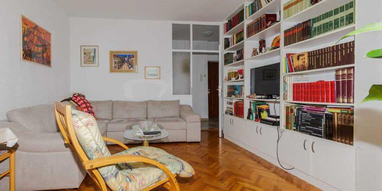 Dvosoban stan kod Gintaša - Prodaja stanova Podgorica-11