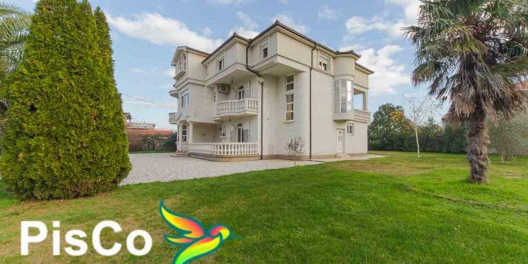 Izdavanje Kuća Podgorica (24 of 35)