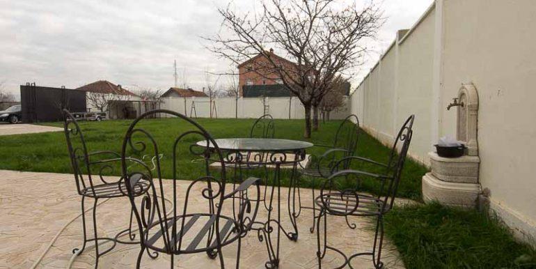 Izdavanje Kuća Podgorica (39)
