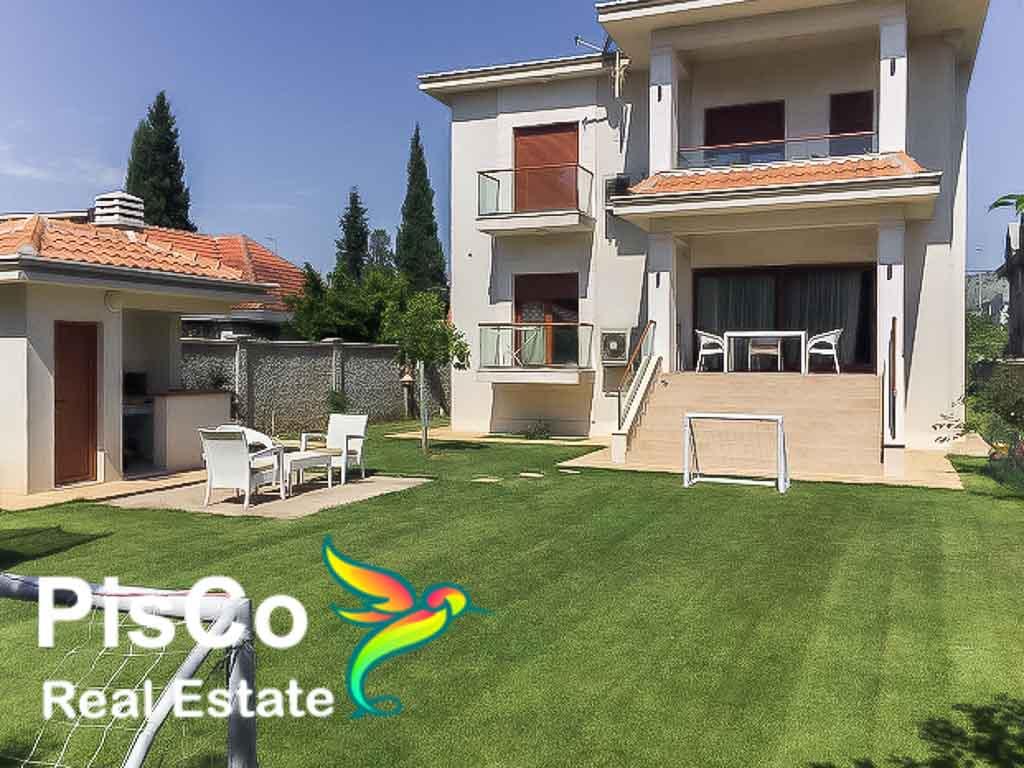 Izdaje se raskošna vila u Bloku 9 | Podgorica