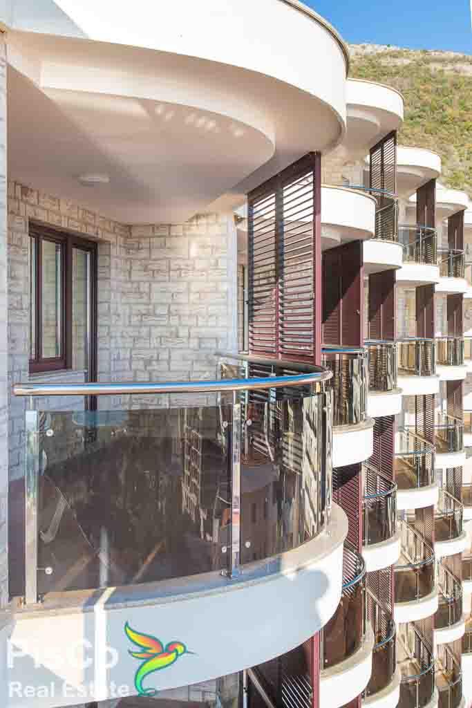 Jednosobni apartmani u Bečićima – Novogradnja