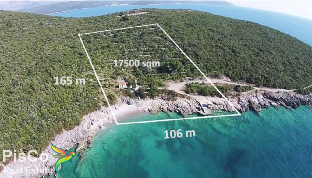 Land for sale in Lustica Bay
