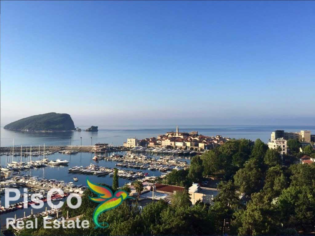 Jednosoban stan sa pogledom na more i Stari grad