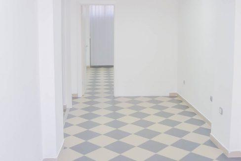 Izdaje se poslovni prostor na Pobrežju   Podgorica