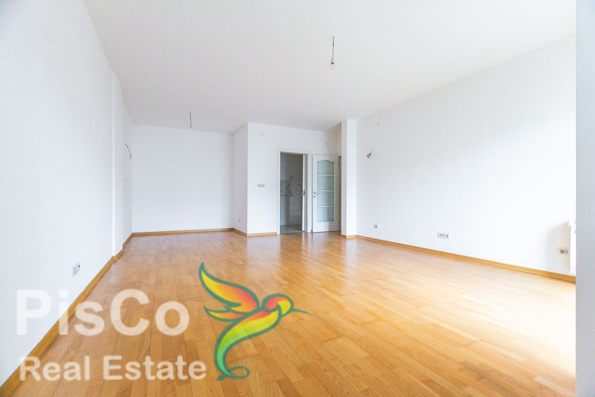 For Sale Apartments Three bedroom | Moscow