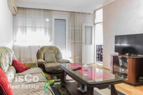 Izdaje se dvosoban stan na Tuškom putu | Podgorica
