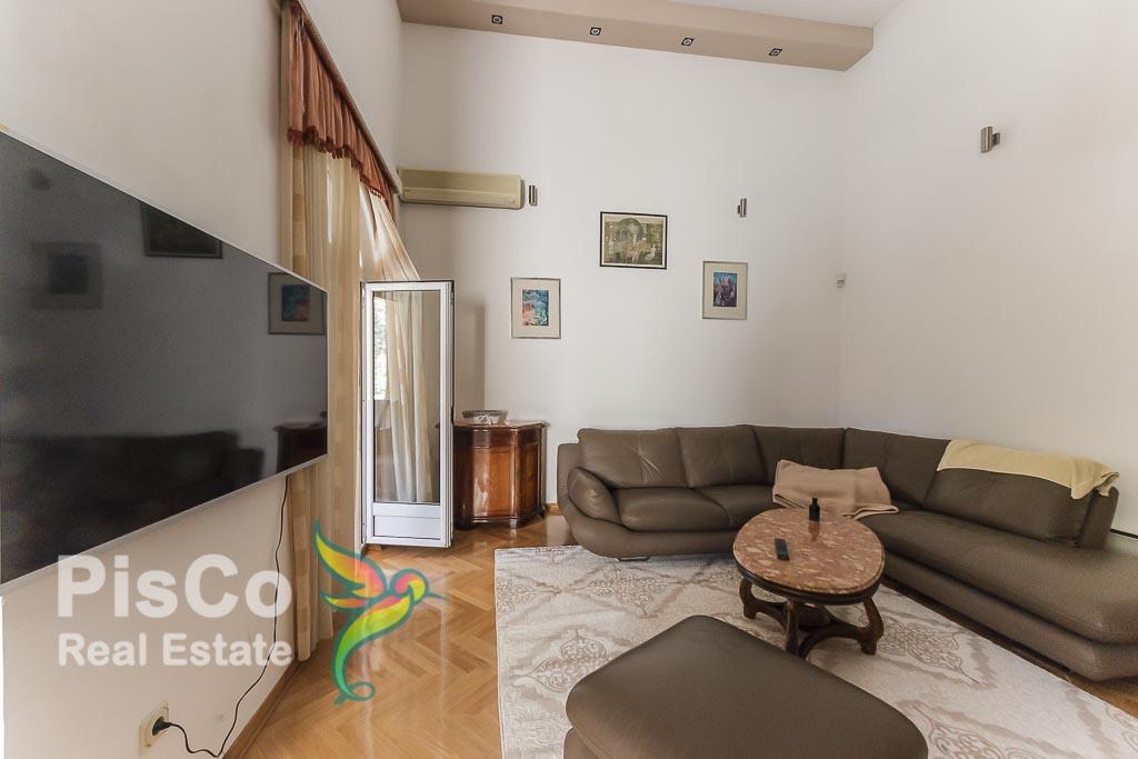 Lux kuća za izdavanje na Gorici C za ambasadu