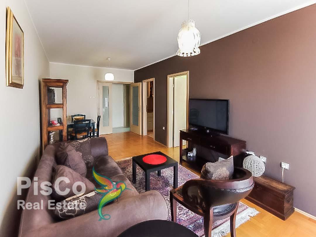 Izdaje se jednosoban stan u zgradi Normal | Podgorica