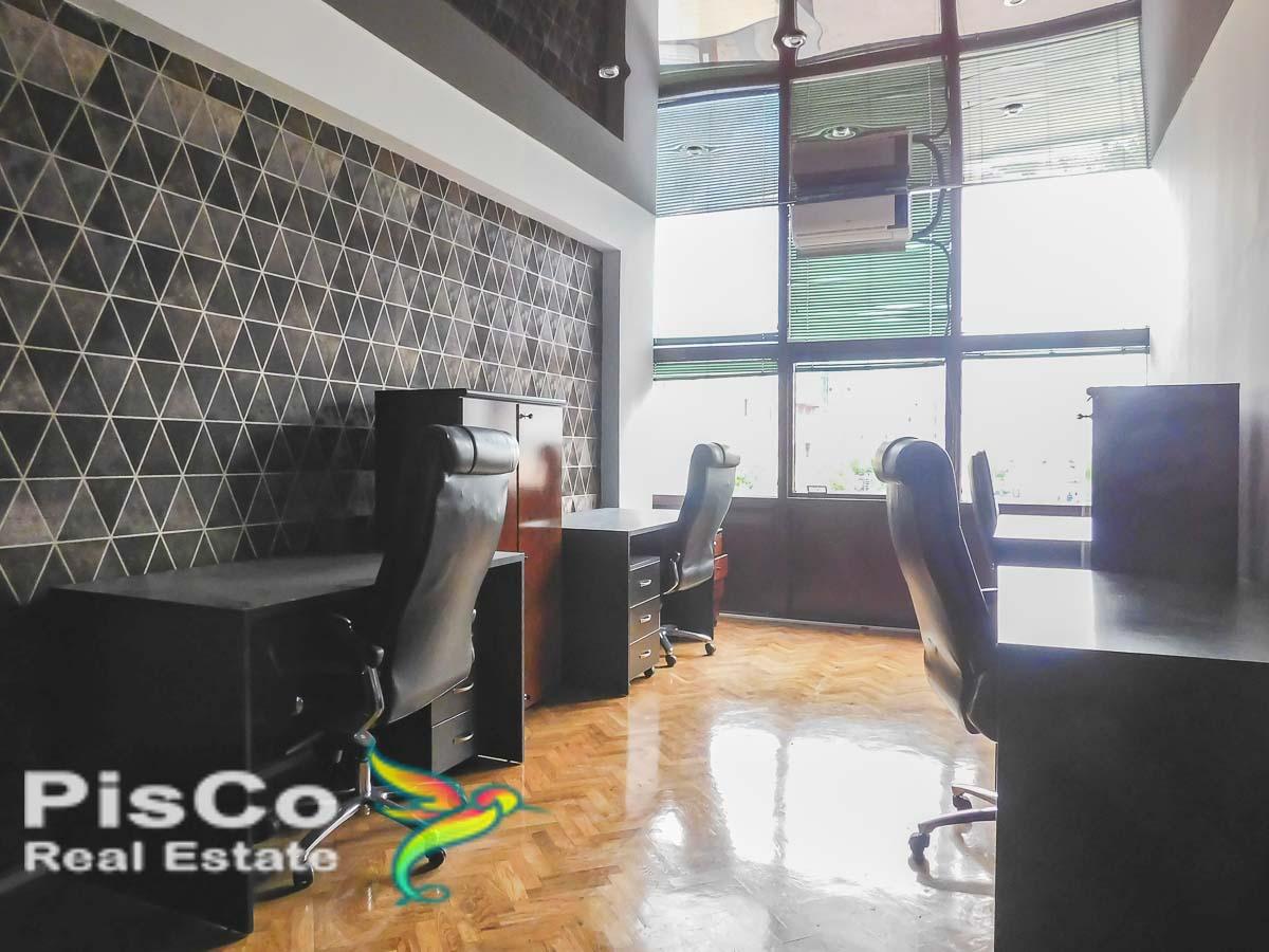 Izdaje se kancelarijski prostor na Trgu Vektre | Podgorica
