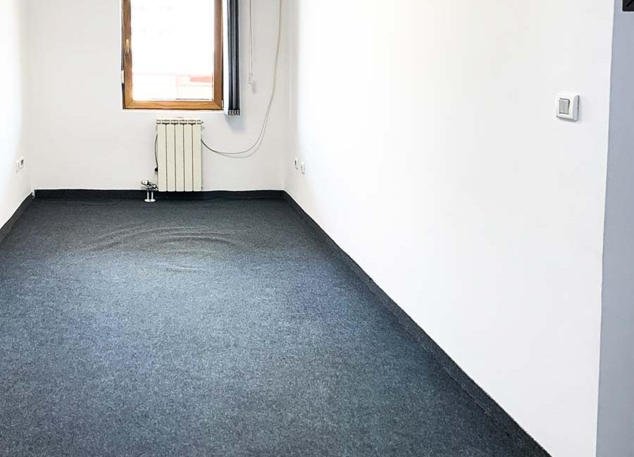 kancelarija 140m2 (1 of 11)