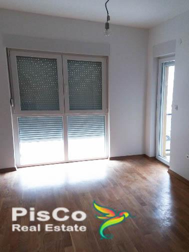 Izdaje se jednosoban nenamješten stan u zgradi Milic   Podgorica