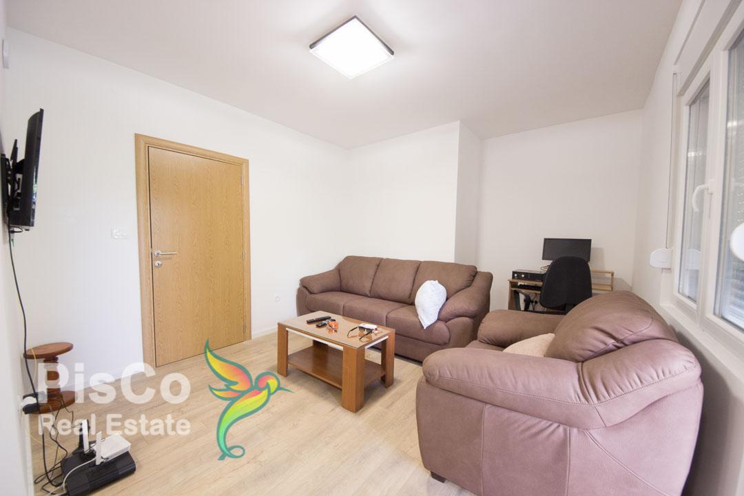 Izdaje se namješten dvosoban stan kod Autobuske stanice | Podgorica