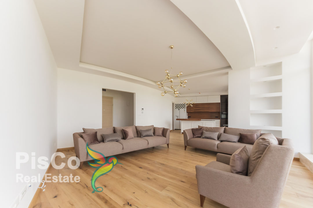 Izdaje se lux dvosoban stan u zgradi Sim grupe Preko Morače   Podgorica