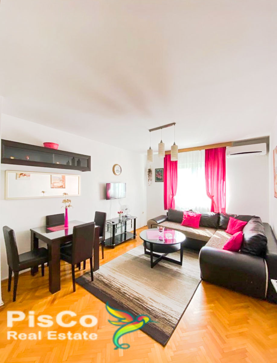 Na prodaju komplet renoviran, namješten jednosoban stan kod Zabjelske Vektre 49m2