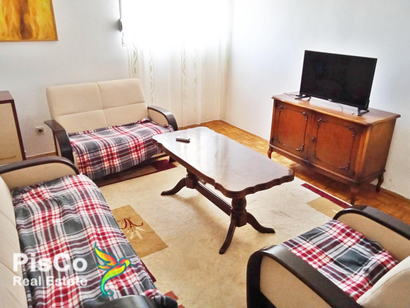 POVOLJNO Izdaje se lijep dvosoban stan u Pet Udovica 64m2