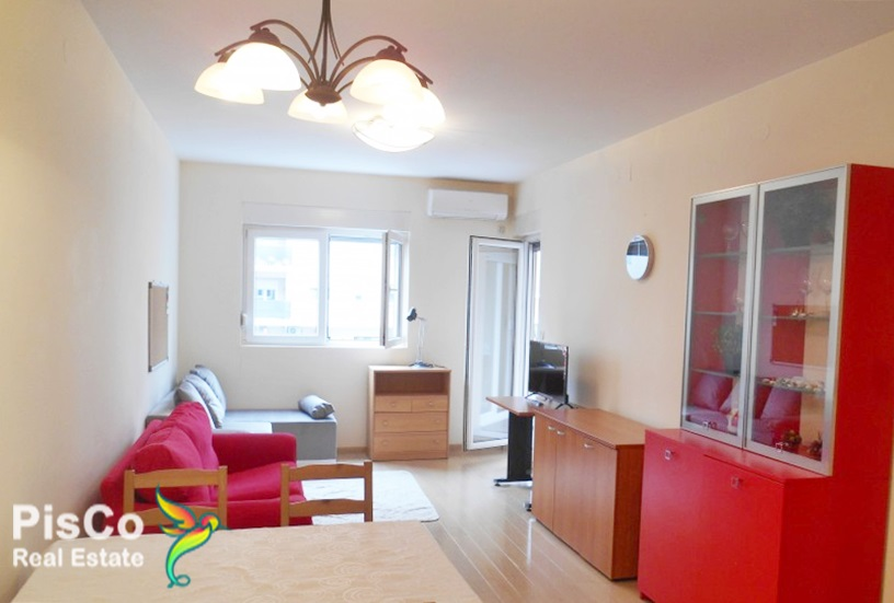 POVOLJNO Izdaje se lijep jednosoban stan u City Kvartu 45m2