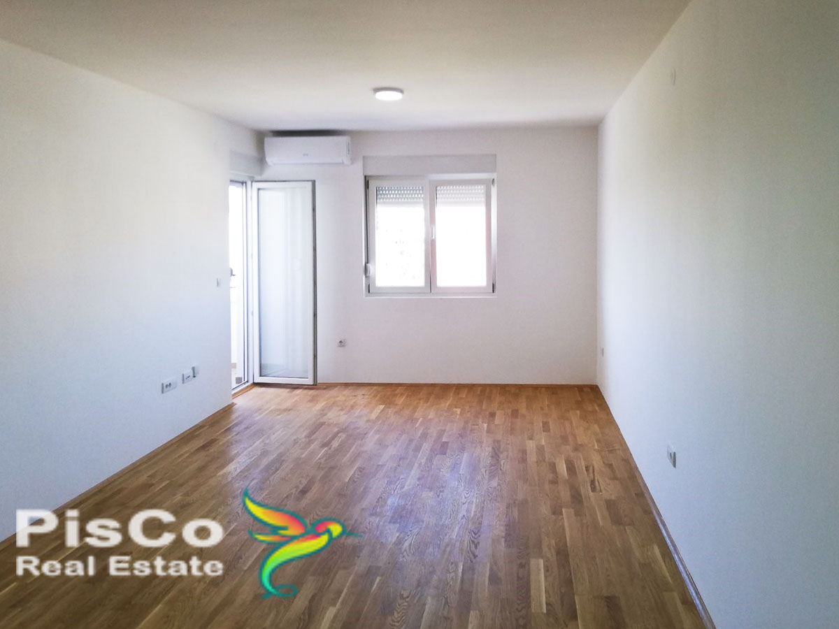 FOR RENT Unfurnished two bedroom apartment on Tuški put 70m2