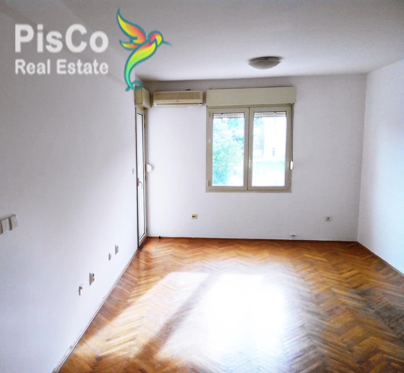 ODLIČNA PONUDA Na prodaju nenamješten dvosoban stan pod Ljubovićem 72m2
